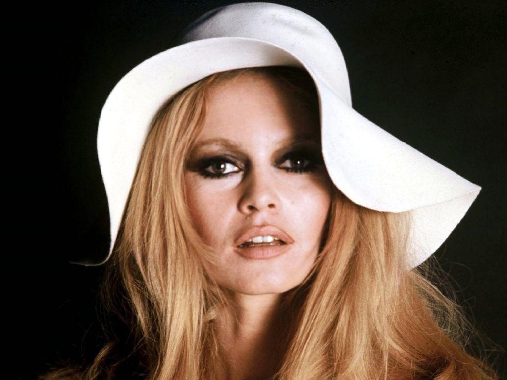 Brigitte-Bardot-008a