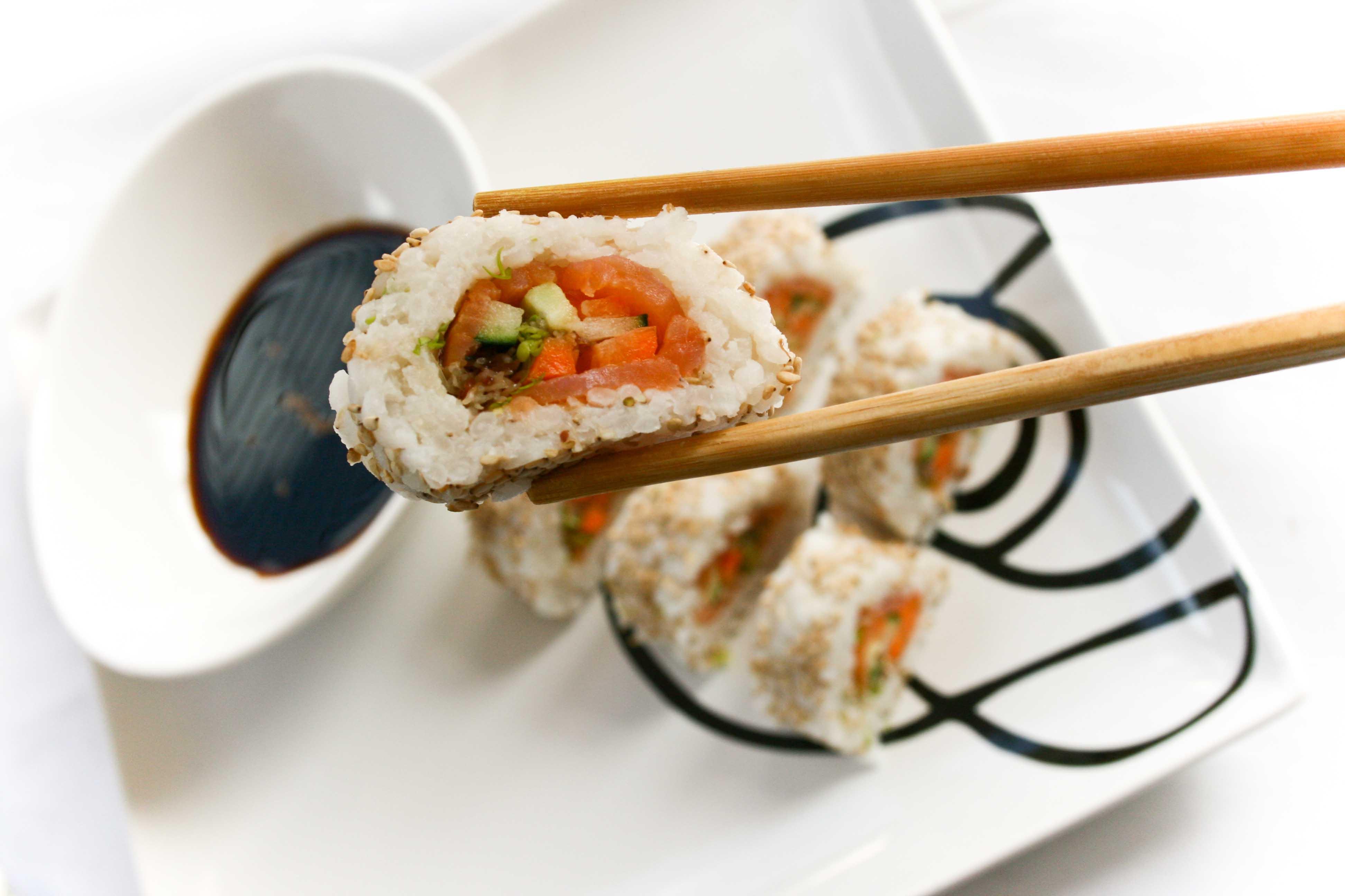 El Sol de Iquique – 10 personas intoxicadas por comer Sushi en local ...