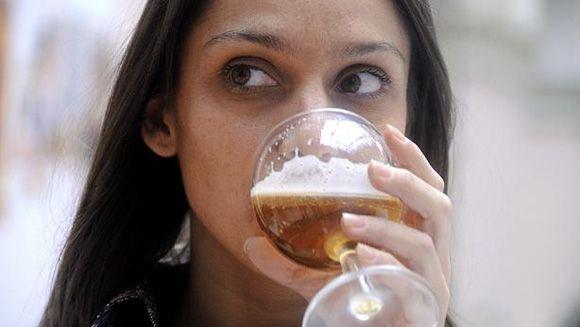 La buena noticia del lunes: El secreto de la eterna juventud podría estar en la cerveza, dice la ciencia