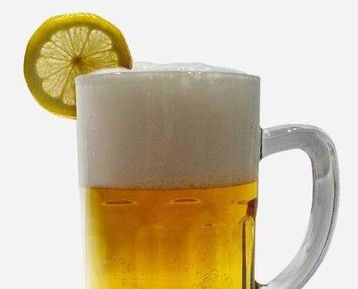 (Consejos de Pericote) Remedio casero pal resfrío: Pilsen con limón