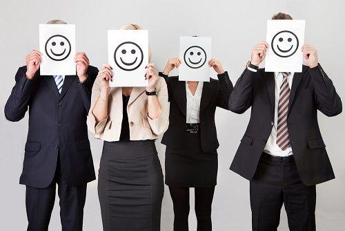 ¿Es posible ser feliz en el trabajo  (Y… no morir en el intento?