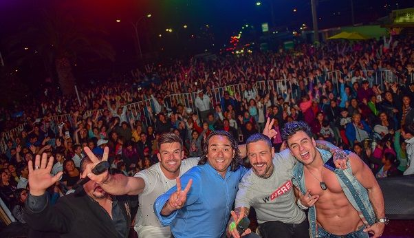 """Más de 10 mil personas asistieron a """"Mujerazo"""" de Jorge Zavala"""