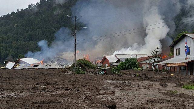 Aluvión en las cercanías de Chaitén: deja cinco muertos y varios desaparecidos