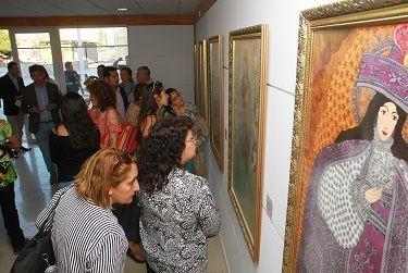Devociones mestizas presentes en sala de arte de Pozo Almonte