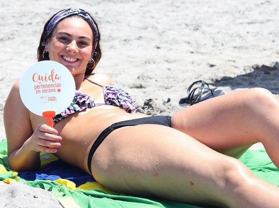 """En Cavancha, la playa más linda de Chile, difunden campaña """"Verano Seguro"""""""