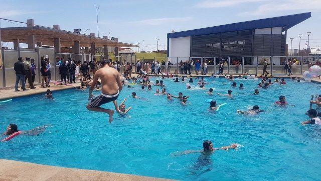 Todo pasando en las piscinas municipales de alto hospicio - Piscinas en alto ...