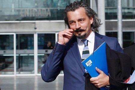 """Abogado querellante en caso SQM, Matías Ramírez: """"Los corruptos van ganando y la sociedad toma palco"""""""