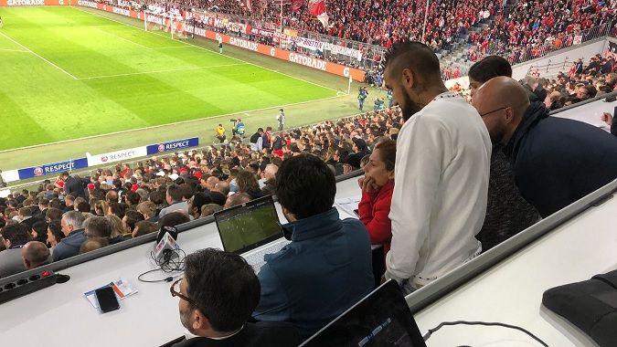 Hasta Arturo Vidal cuestionó penal a favor del Real