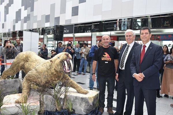 Gigante del Tamarugal estará por todo junio:  El Megaterio regresó para quedarse en Mall ZOFRI