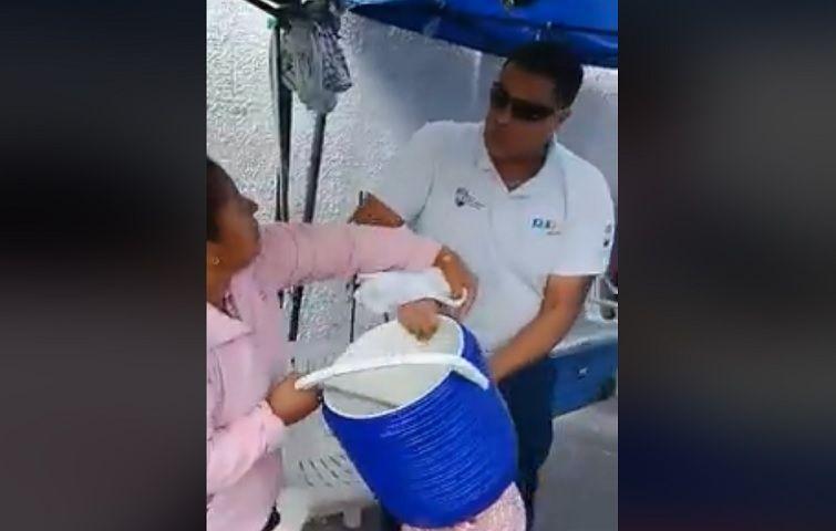 Inspector municipal pasado a Rambo en fiscalización discrimina a ambulante